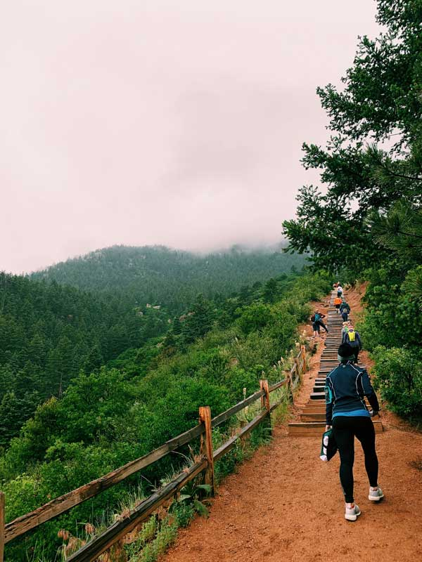 manitou incline hikers